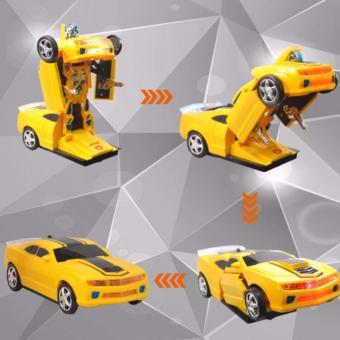 Xe Ô tô biến hình thành Robot chạy pin, phát nhạc( Vàng phối đen)