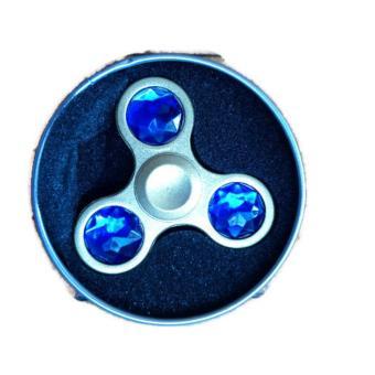 Con quay 3 cánh kim loai nguyen khối đính kim cương - hand spinner diamond