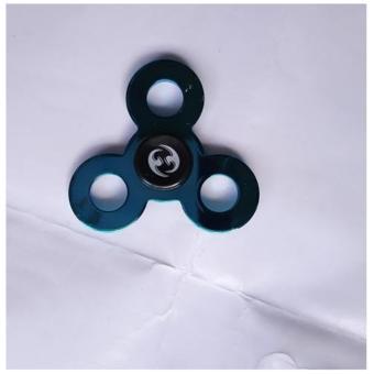 Con quay spinner 3 cánh kim loại (xanh) tặng kèm nút xoay dùng cho cả trẻ em và người lớn