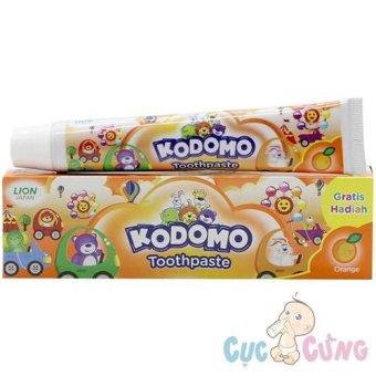 Kem đánh răng trẻ em Kodomo hương cam không cay