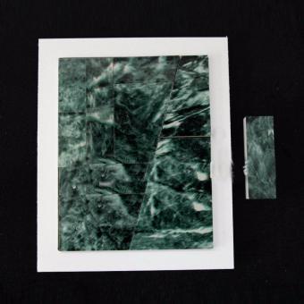 Đạo cụ ảo thuật: Kỳ diệu khó tin khi xếp lại hình viên gạch bị vỡ