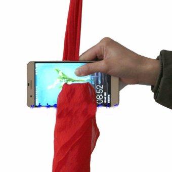 Đạo cụ ảo thuật: Với trò chiếc khăn đi chuyên qua điện thoại