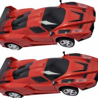 Bộ 2 ô tô đồ chơi điều khiển từ xa 4 chiều mạnh mẽ.