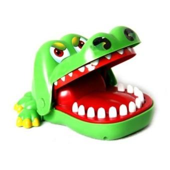 Bộ trò chơi cá sấu cắn tay MB02 (Xanh)