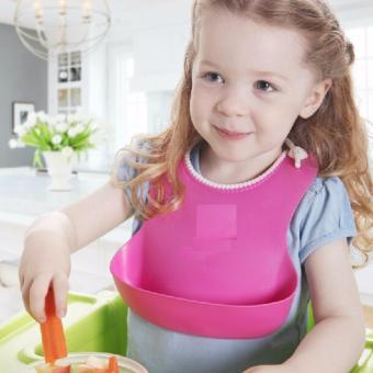 Yếm tập ăn cho bé