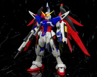Mô hình lắp ráp BANDAI Real Grade Destiny Gundam