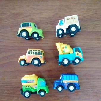 Bộ mô hình Ô tô đồ chơi 6 món