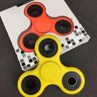 Combo 2 đồ chơi con quay spinner cánh tam giác thế hệ mới(xanh)