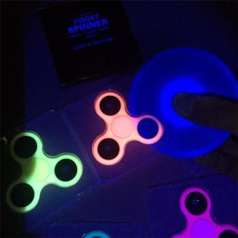 Đồ chơi con quay Spinner có dạ quang phát sáng