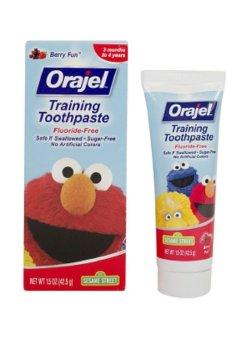 Kem đánh răng ORAJEL nuốt được cho bé trai 42.5g
