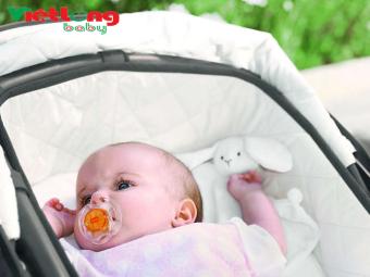 Bộ 2 ty ngậm Silicone cho bé từ 0-6 tháng tuổi Philips Avent SCF178.23 (Trắng + xanh)