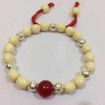 Vòng dâu trừ tà cho bé Trai 7 bi bạc 1 đá phong thủy (Đỏ)