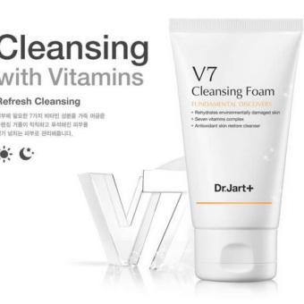 Sữa Rửa Mặt Làm Trắng Da V7 Cleansing Foam 100ml