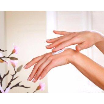 Kem Dưỡng Da Tay Hương Chanh 3w Clinic Lemon Hand Cream 100ml