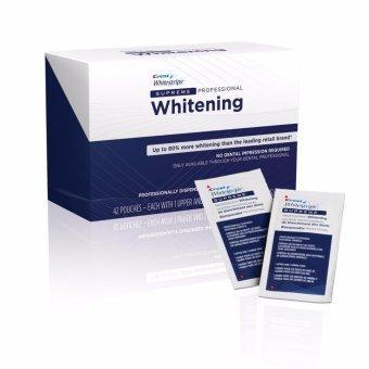 Bộ 7 gói dán trắng răng Crest whitestrips supreme