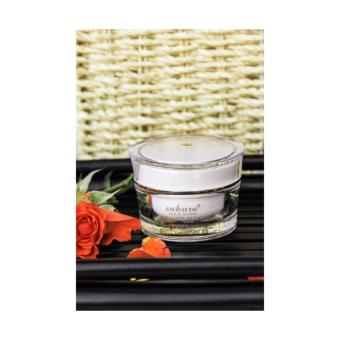 Kem giúp giảm Nám, Trắng Da SPF45 Sakura Whitening Day Cream