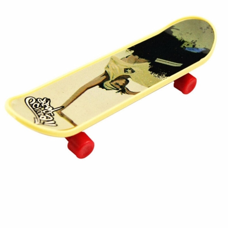 2Pcs Kids Funny Toy Fingerboard Skate for Boys and Girls Education Toy Gift - intl