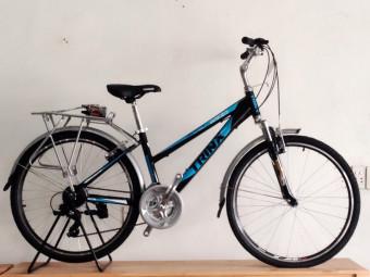 Xe đạp thể thao nữ TRINX MAJESTIC M100 2016 _Nữ (đen xd trắng)