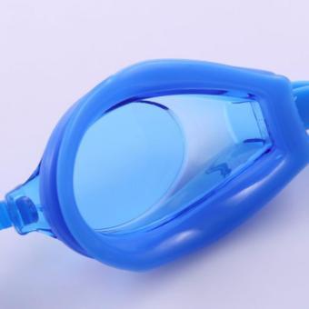 Bộ kính và nón bơi Phoenix