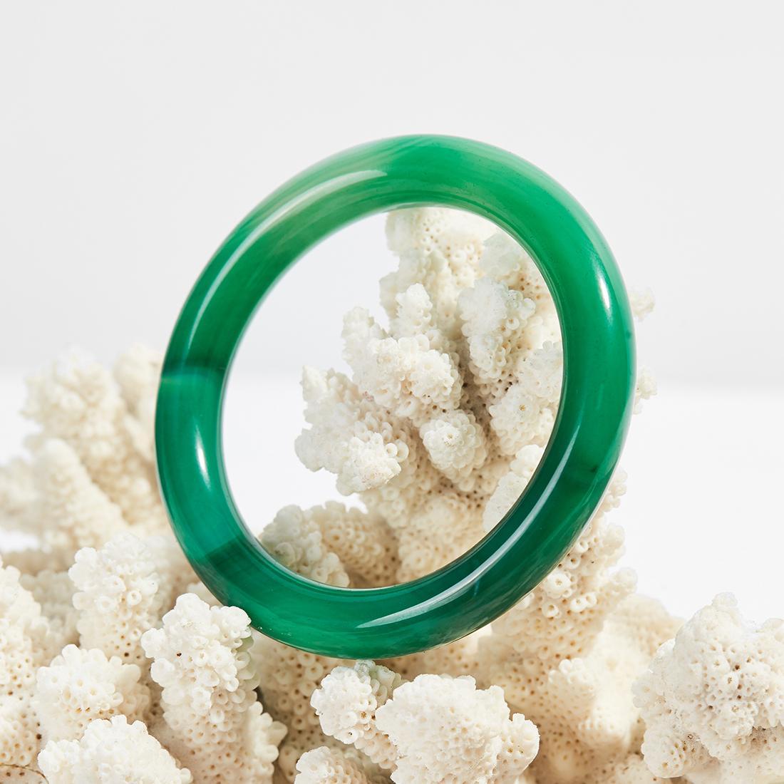 Vòng tay đá mã não xanh, bản tròn dành cho nữ - xưởng buôn đá phong thủy Huỳnh Đào