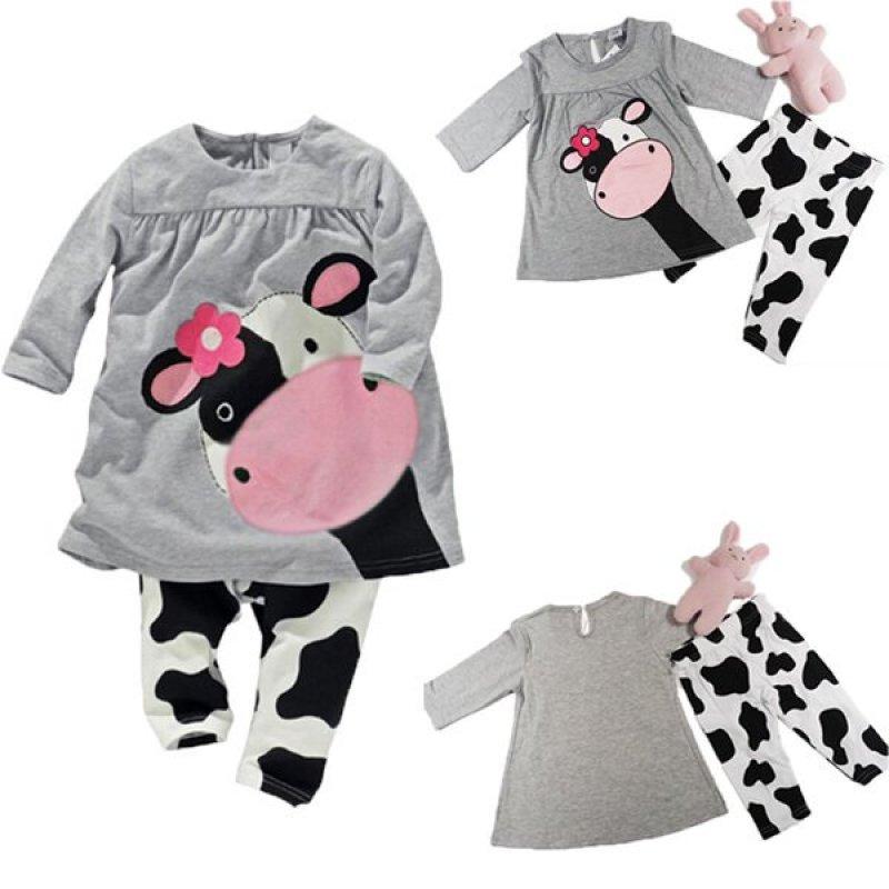 Nơi bán Bộ đồ ngủ áo tay dài họa tiết bò sữa kèm quần BeingQ dành cho bé gái