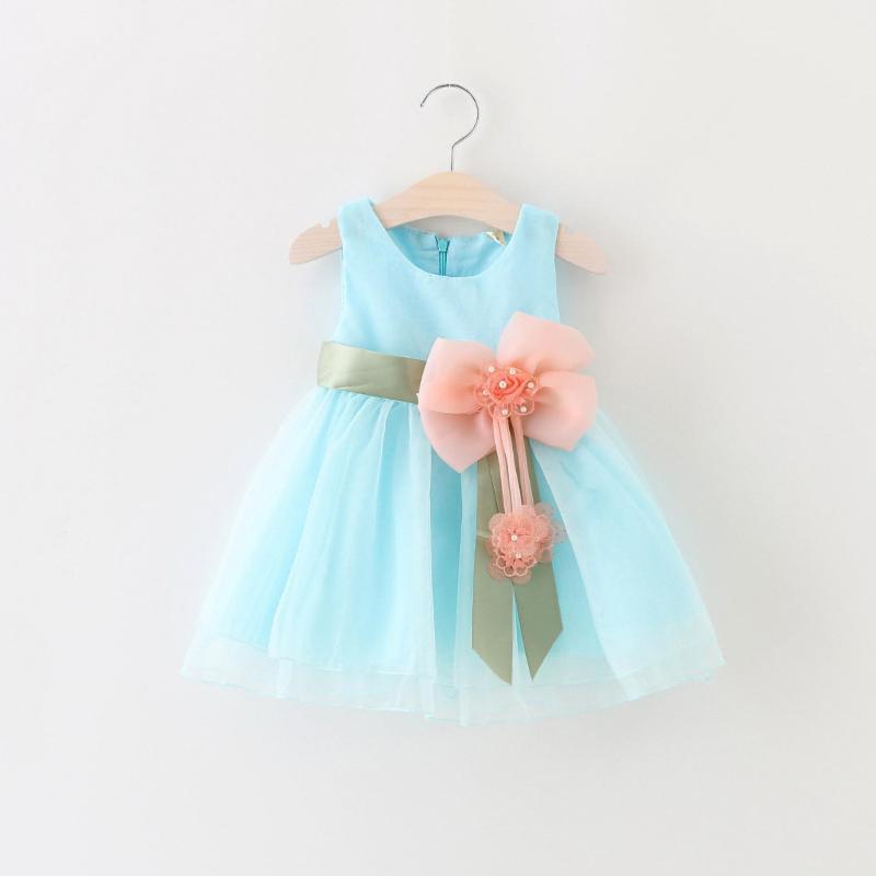 Giá bán đầm công chúa gài bông lớn