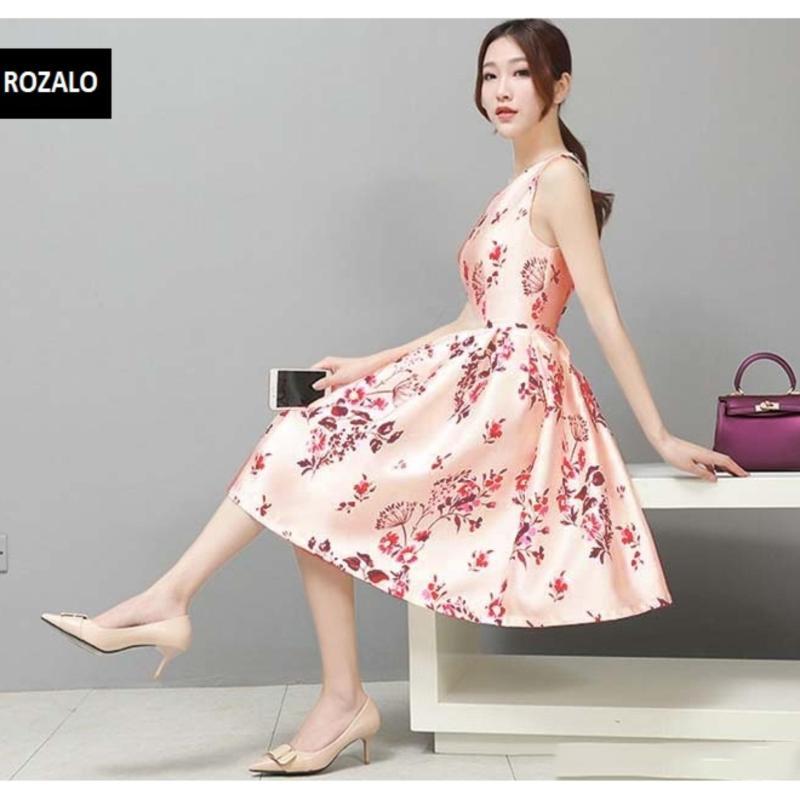 Nơi bán Đầm sát nách thắt eo thời trang Rozalo RW8210HR - Hoa đỏ