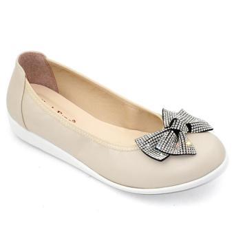 Giày mọi nữ Om Fashion 1217 (Kem)