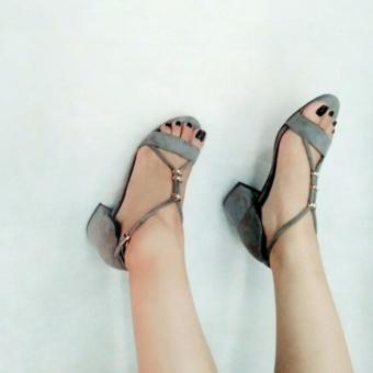 Giày sandal gót vuông Mattino ( xám )
