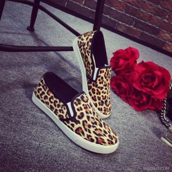 Giày vải nữ ROZALO RWG31602DBV - Da Báo Vàng