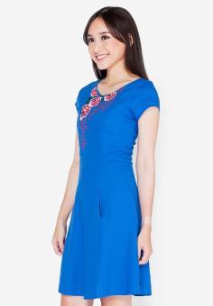 Đầm xòe thêu hoa hồng nổi xanh dương Cirino