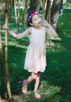 Đầm Ren Thun Genii Kids (Kem)