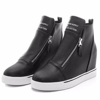 Giày slip on độn gót tăng chiều cao 118 (Đen).