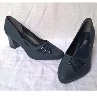 Giày cao gót 5 phân.
