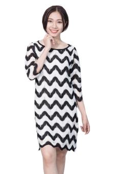 Đầm suông tay lỡ Suvanna MD075 (Trắng phối đen)