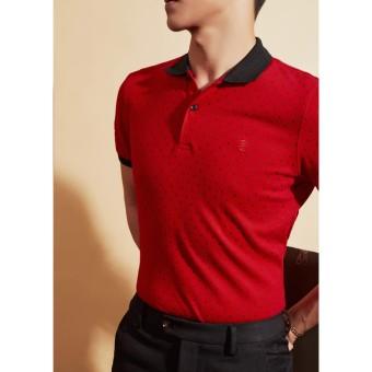 Áo phông đỏ họa tiết cổ đen
