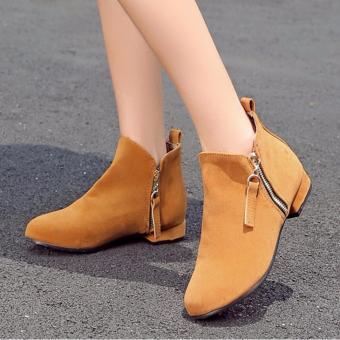 Giày boot nữ đế bệt thoải mái đi bộ GBN14702