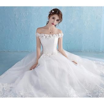 Váy cưới màu trắng mới nhất 2017, vai ngang ren hoa xinh xắn