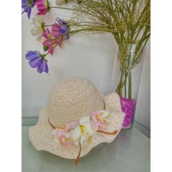 Mũ thời trang bé gái kết Hoa -Trắng Kem