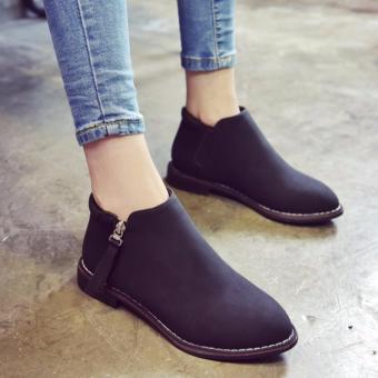 Giày bốt nữ màu đen đơn giản GBN60