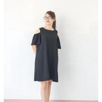 Đầm bầu thiết kế trẻ trung - hở vai Lê Dương
