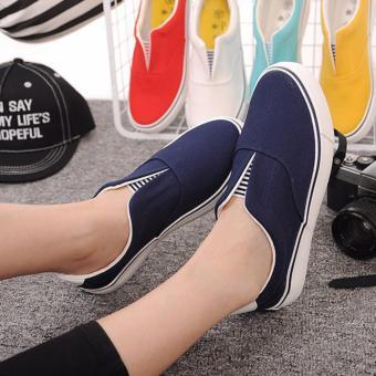 Giày slip-on nữ sọc đen MSP 2210