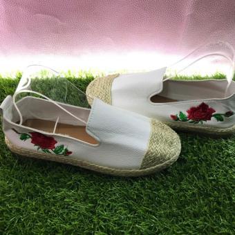 Giày mọi Phong cách Hàn Quốc thêu hoa-Màu trắng sang trọng