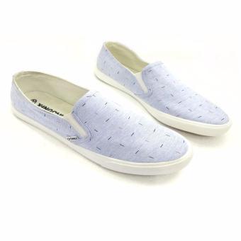 Giày vải kiểu dáng trẻ trung năng động AD122T