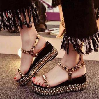 Sandal đinh tán ( vàng )