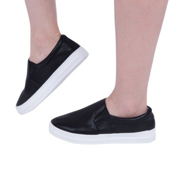 Solid Color Ladies Patent Leather Slip On Round Toe Flat Shoes(Black) - intl