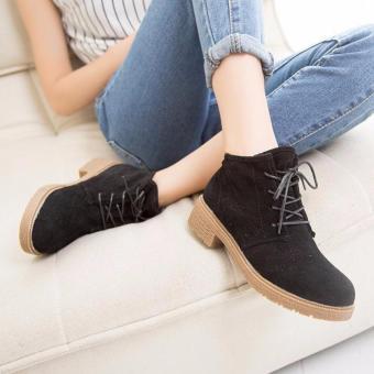 Giày bốt nữ chất da lộn màu đen GBN63