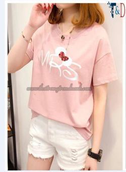Áo Thun Nữ In Hình Mrs Cá Tính D397 T&D Fashion ( Màu Hồng )