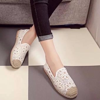Giày lười nữ đế cói ren hoa (trắng)