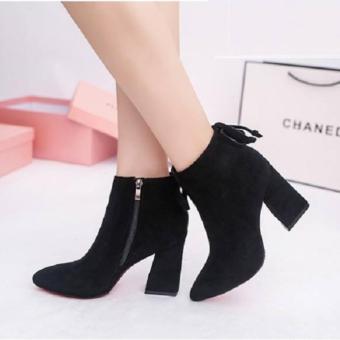 Giày Boot Nữ Cổ Ngắn Đế Vuông Gbn8901 (Đen)